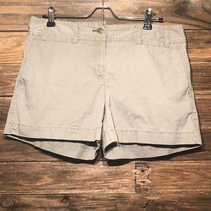 "Ann Taylor LOFT • SIZE 8 • Shorts • 4"" inseam"